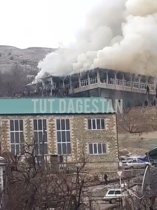 Пожар вспыхнул в частном доме Дагестана