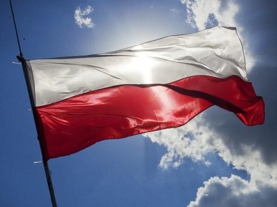 Захарова оценила планы Варшавы не отмечать 75-летие освобождения