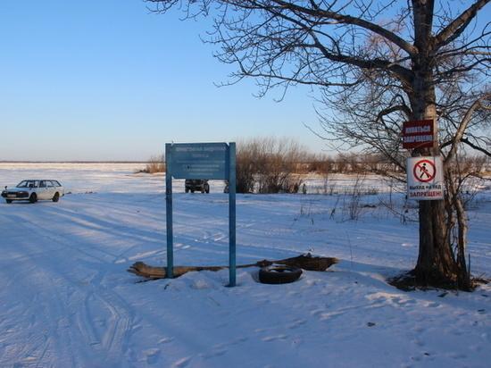 За выезд на лед Амура хабаровских водителей ждет штраф