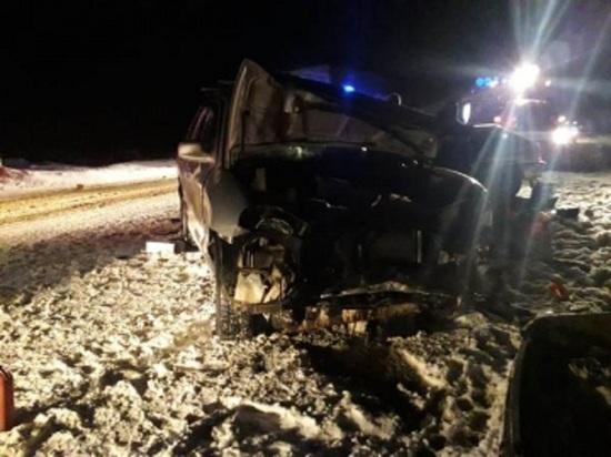В Свердловской области после ДТП трех человек пришлось деблокировать