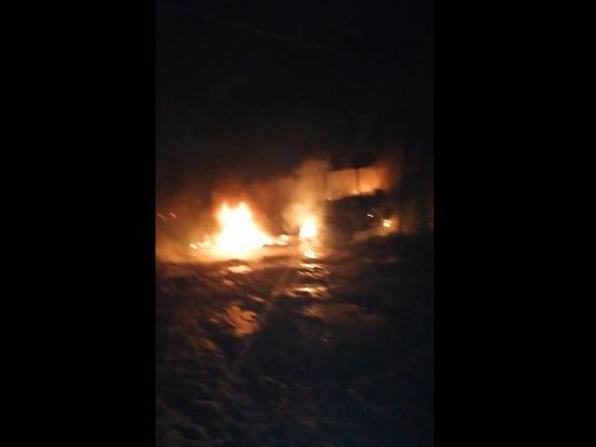 Под Астраханью ночью сгорел пассажирский автобус