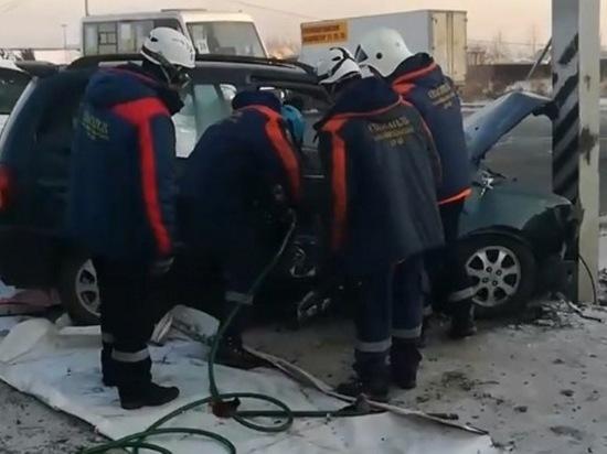 Два человека пострадали в тройном ДТП в Чите