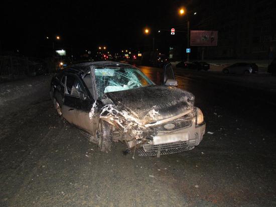 Два водителя пострадали в ночном ДТП в Чебоксарах