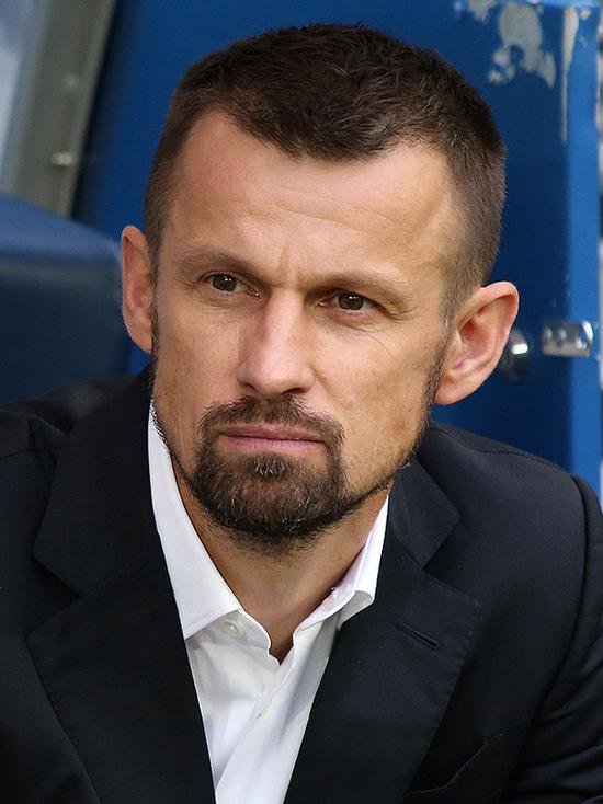 Известный российский футболист попросил поддержать гдовский «Дом Белого аиста»