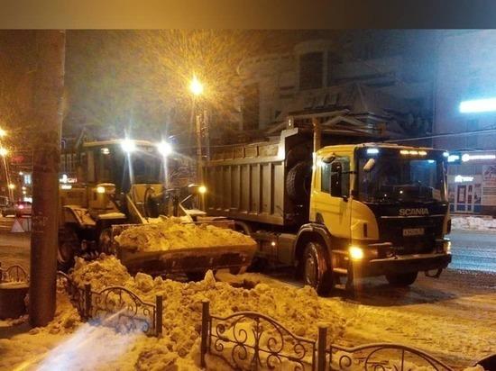 Свыше шестисот кубометров снега вывезено с улиц Иванова за прошедший день