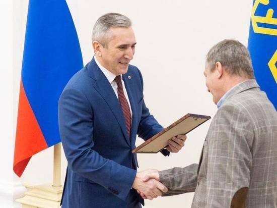 Губернатор поздравил причастных ко Дню российской печати