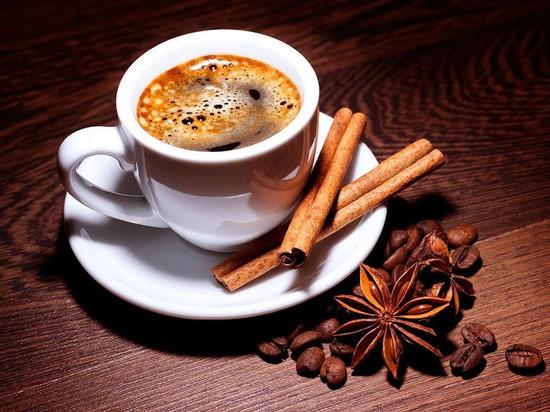 Почему кофе нужно пить с корицей