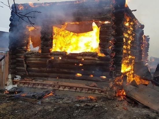 В Камешковском районе произошли два пожара с погибшими