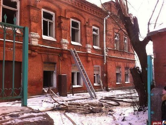 Псковские власти решают судьбу здания бывшего «Подростка»