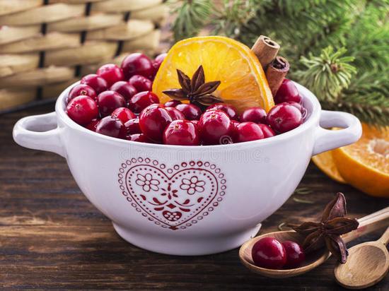 Эпидемиологи призывают жителей Хакасии есть клюкву, чеснок и лимоны