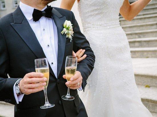 Определены самые популярные места для регистрации браков в Москве