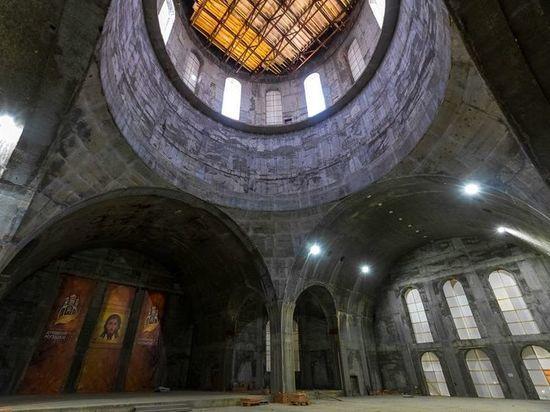 В Челябинск доставят иконы для нового кафедрального собора