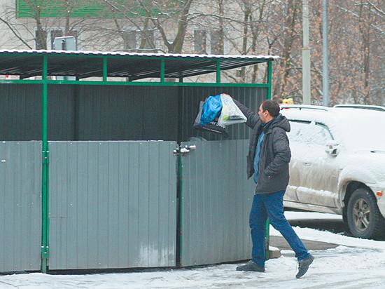 В столице официально ввели раздельный сбор мусора — это осталось незамеченным