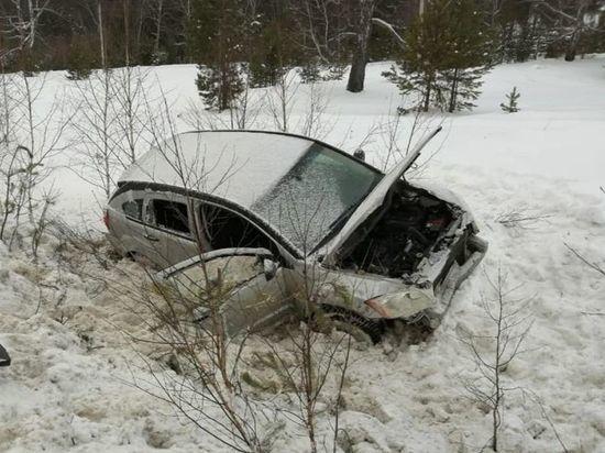 В Башкирии иномарка упала в кювет – погиб пассажир
