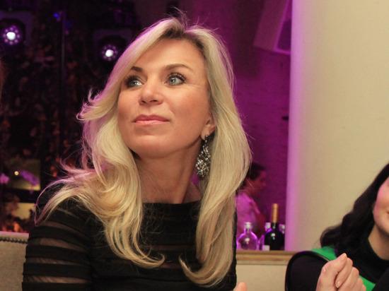 Фото жены Юдашкина в бикини восхитило фанатов