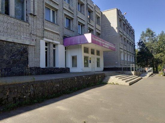 «Паника в селе»: жители Соломенного требуют оградить их от «туберкулезников». ВИДЕО