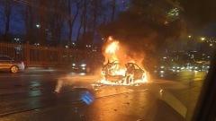 Автомобиль с газовым баллоном взорвался у метро