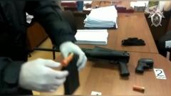 Мужчина открыл стрельбу в новокузнецком суде: кадры с места происшествия