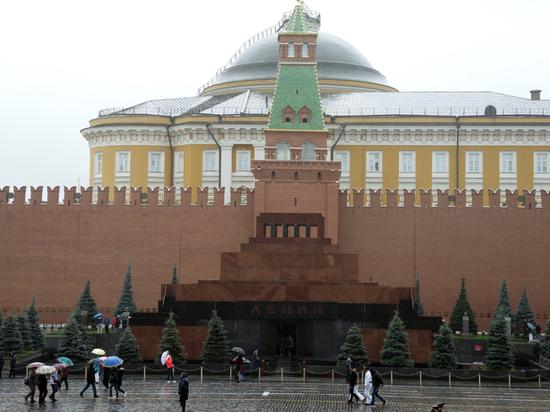 Послание Путина спровоцировало визиты в Кремль душевнобольных