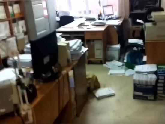 Мужчина погиб при стрельбе в здании мировых судей в Новокузнецке