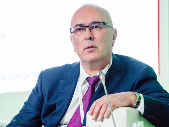 Слова эксперта о 200-х рублях за доллар оказались фигурой речи