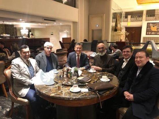 Экс-президент Калмыкии и ФИДЕ будет представлять иранский музей