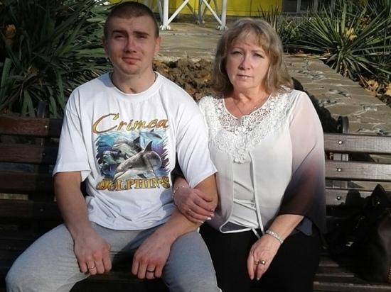 """""""Я чувствую, что он жив"""": несчастная мать ищет пропавшего под Калугой сына"""
