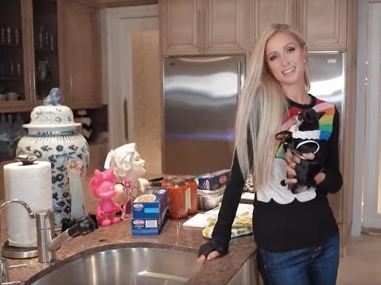 Пэрис Хилтон запустила на YouTube собственное кулинарное шоу