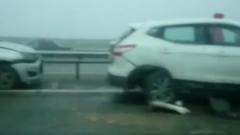 Опубликовано видео массового ДТП на трассе М-4: пострадали десятки машин