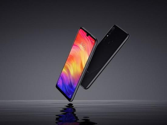 Яндекс назвал самые популярные телефоны в России