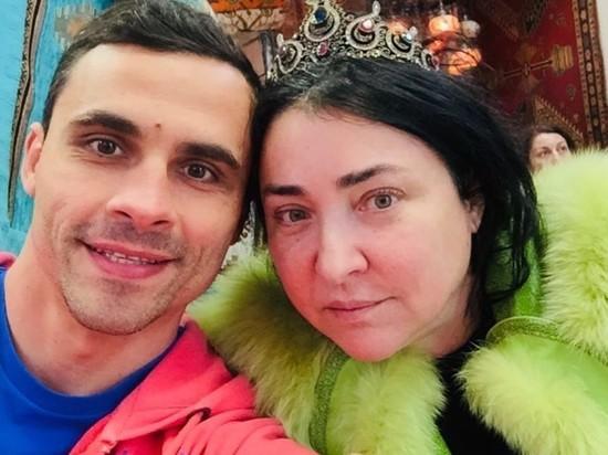 СМИ: бывший муж Лолиты до нее был женат на московской пенсионерке