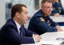 Бывший премьер-министр РФ Дмитрий Медведев прокомментировал собственную отставку вместе с правительством