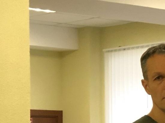 Кимрский фаталист: Максима Литвинова привезли на суд из-за решетки
