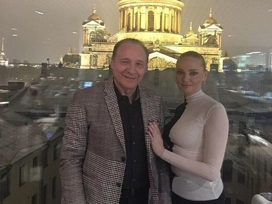 Жена композитора Дунаевского: о решении мужа развестись узнала по телевизору
