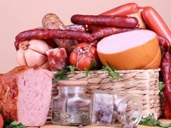 В Ростове вареная колбаса, курица и баранина оказались самыми дорогими в области
