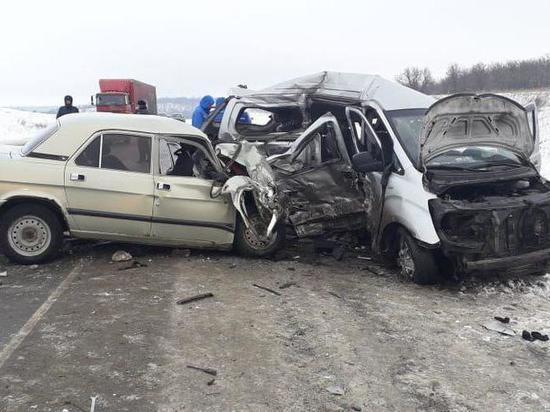 Водителю минивэна из Узбекистана, попавшего в ДТП под Саратовом, предъявлено обвинение