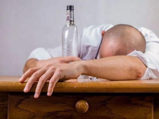 В прошлом году в Калмыкии от отравлений алкоголем умерли 11 человек
