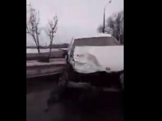 В Казани пьяный водитель протаранил несколько припаркованных авто