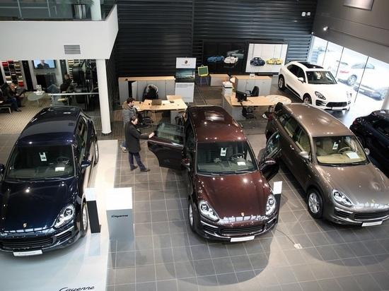 В России упали продажи новых автомобилей