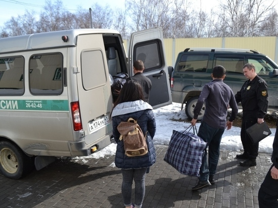 За год с Камчатки выгнали почти две сотни нелегалов