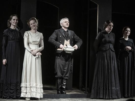 В СТИ восстановили нашумевший спектакль к юбилею театра
