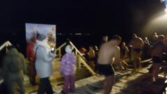 В петрозаводской крещенской купели вода была не озерная
