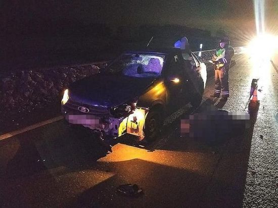 На трассе под колесами легковушки погиб 31-летний сельчанин