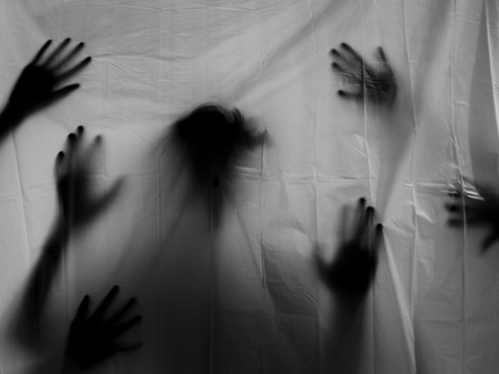 В Пугачёве девочки-подростки устроили своей ровеснице камеру пыток