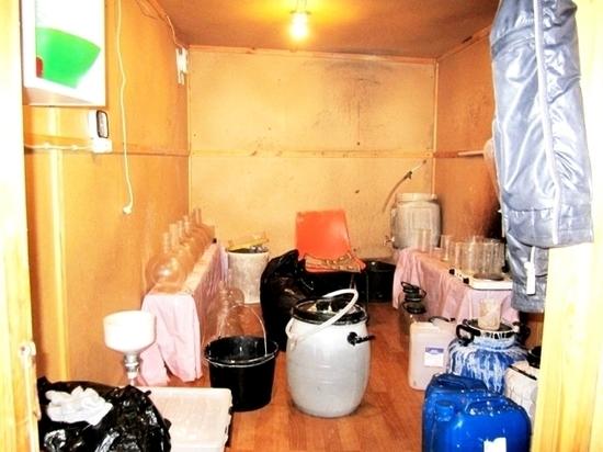 15 кг наркотиков нашли в подпольной лаборатории в Стругах Красных