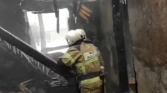 Последствия смертельного пожара в общежитии под Томском показали на видео