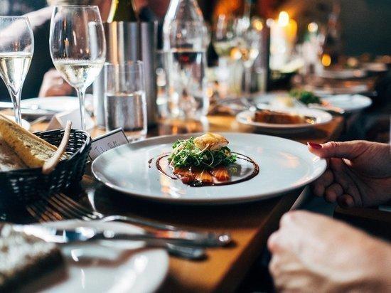Обеды в ресторанах ЯНАО оказались одними из самых дорогих в РФ