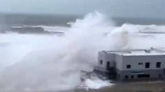 По курортам Испании прошел мощный циклон: кадры разбушевавшейся стихии