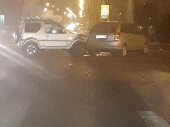 Женщина пострадала в столкновении Suzuki и Toyota в Чите