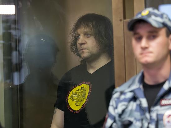 «Размахивал стволом в магазине»: Емельяненко снова попал за решетку